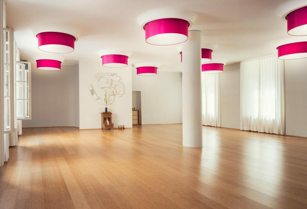 willkommen im spirit yoga studio charlottenburg spirit yoga berlin. Black Bedroom Furniture Sets. Home Design Ideas