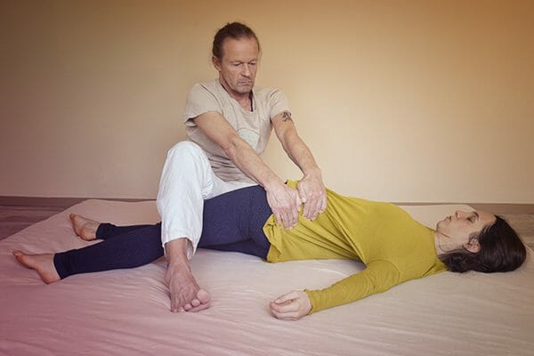 Thai-Yoga-Massage mit Kai Ribereau