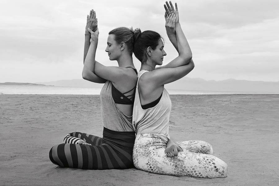 Vinyasa Yoga Retreat auf Korfu mit Stine Lethan und Nancy Jovanovic